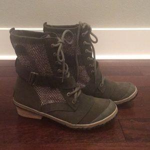Sorel sz 10 waterproof boots